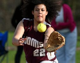 Softball Defeats Pomfret in Six Innings