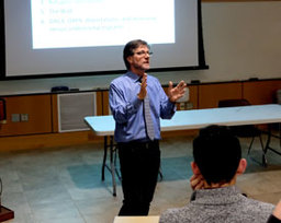 Dartmouth Professor Richard Wright Speaks at Global Studies Seminar