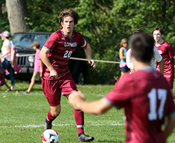 Boys Soccer Clinches Founders League Title with Win Over Kent